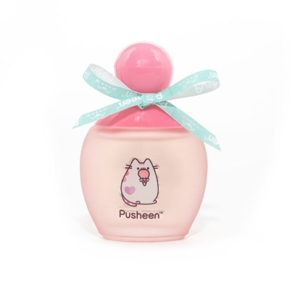 pusheen woda toaletowa o zapachu truskawki i arbuza w różowym opakowaniu przedstawiona na białym tle