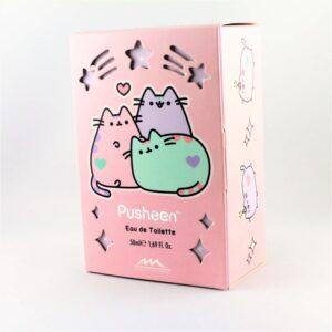Różowe opakowanie wody toaletowaje marki Pusheen Cat z wizerunkiem kota