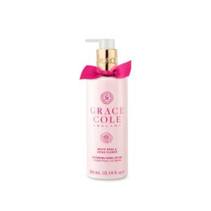 grace cole balsam do rąk w kolorze różowym w przezroczystej butelce o zapachu białej róży i kwiatu lotosu przedstawiony na białym tle