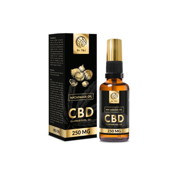 dr. t&j naturalny olej macadamia bio o pojemności 50ml z dodatkiem 250 mg cbd w przezroczystej butelce z pompką ze złotą zakrętką przedstawiony na białym tle